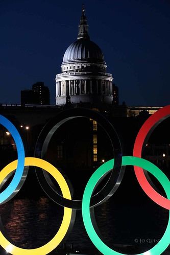 St Pauls Cathedral with Olympic Rings | by Jo Quint