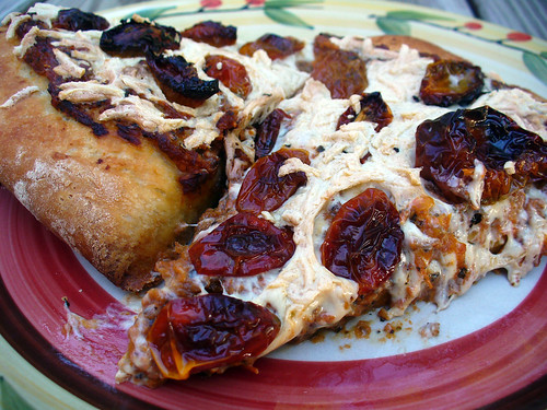 2012-08-03 - Pizza with roasted tomatoes - 0007 | by smiteme