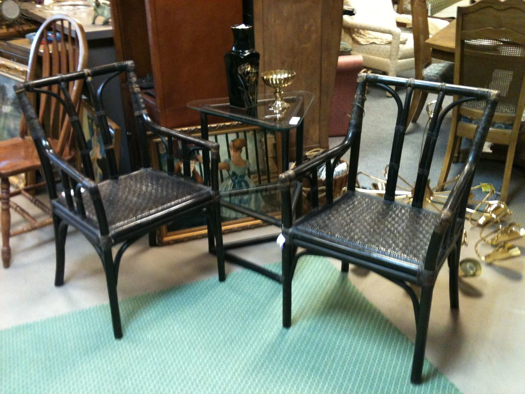 Chairs For Glass Kitchen Table