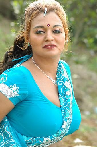 Actress Bhannu Hot Blouse Show Boobs --Stills2  Hema99944 -7322