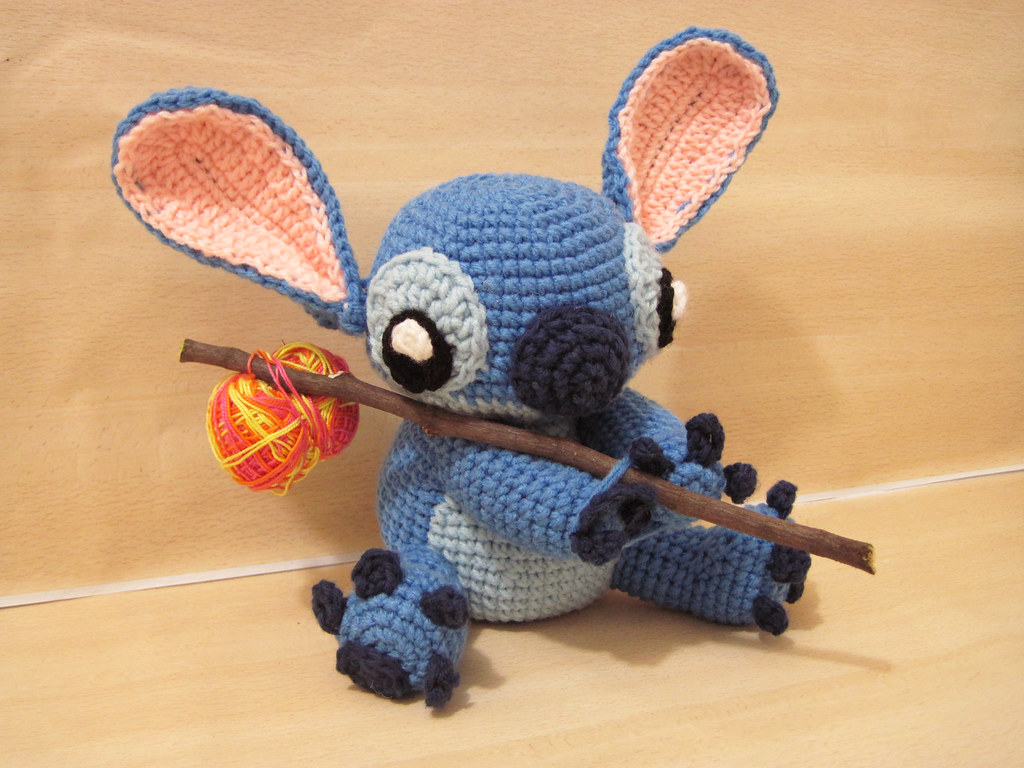 Stitch En Amigurumi : homeless stitch dont forget to checkout fb.com ...