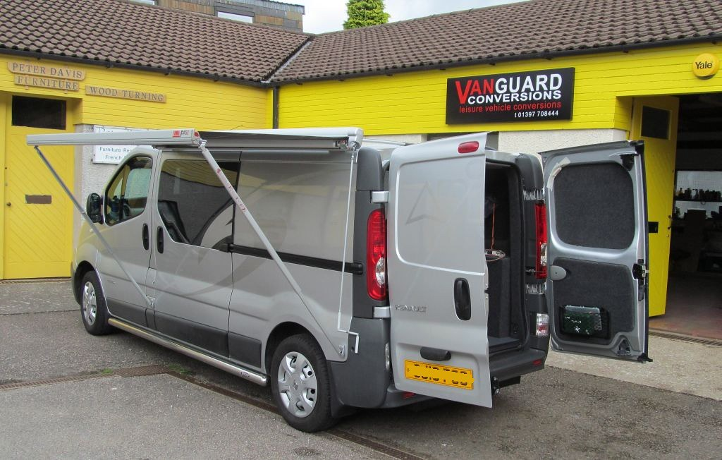 Renault Trafic With The Fiamma F45 Awning Vanguard