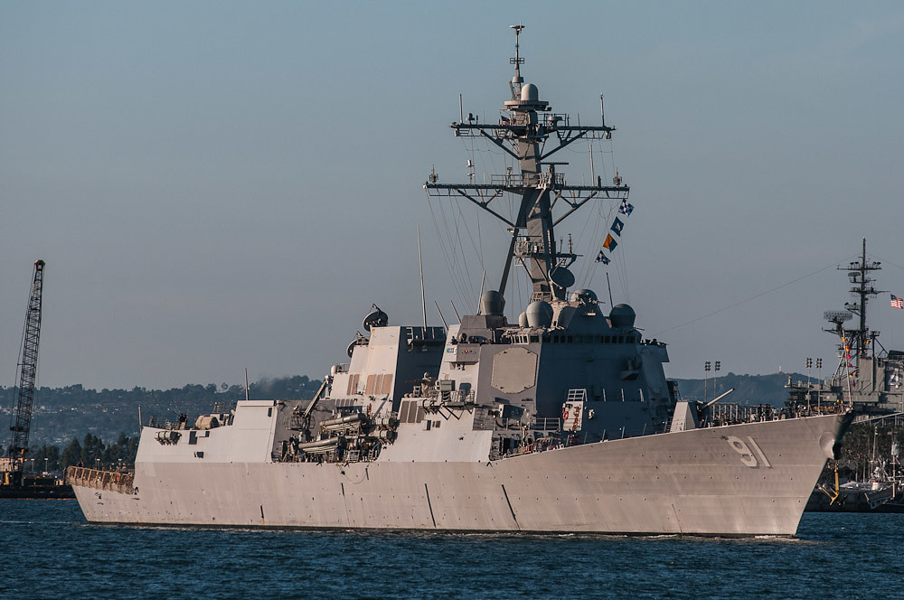 Resultado de imagen de USS Pinckney (DDG 91)