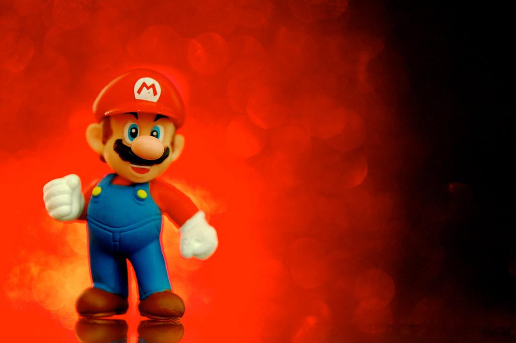 Super Blast Mario A 1 1 2 inch Mario figure from