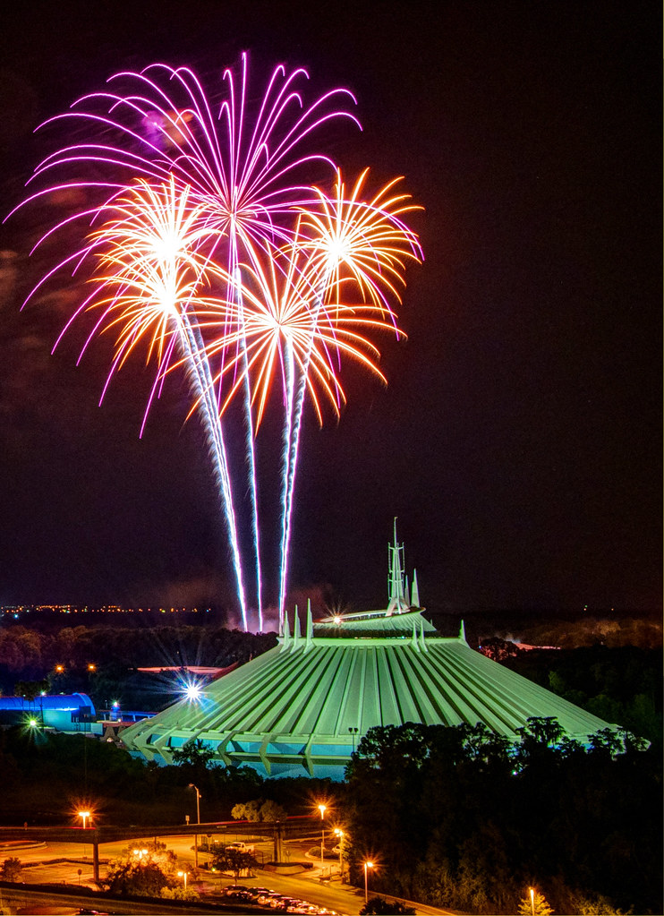 Space Mountain Fireworks | Twitter | Facebook | Website ...