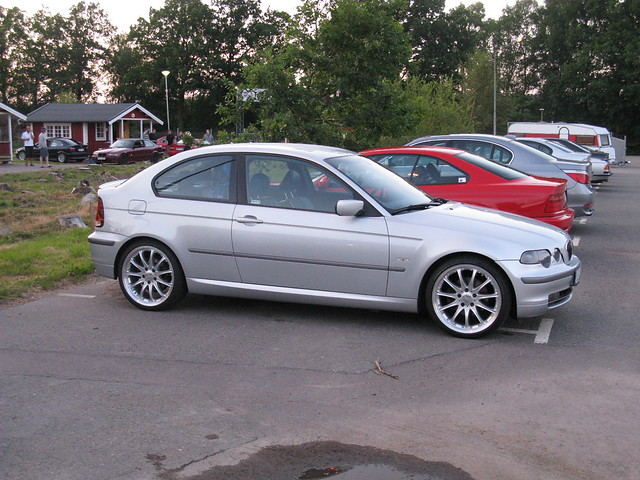 bmw 325ti e46 flickr photo sharing. Black Bedroom Furniture Sets. Home Design Ideas