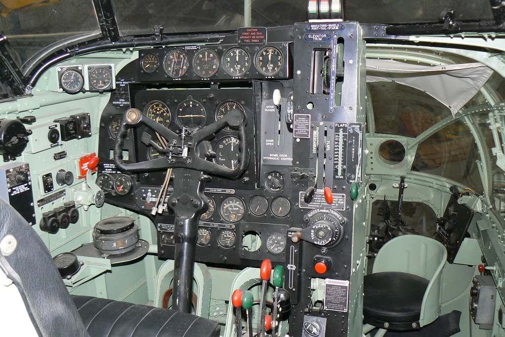 Dap Bristol Beaufort Cockpit Dadgoesflying Flickr