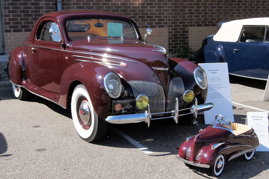 North Park Lincoln >> 39 Lincoln Zephyr & Pedal Car | Lincoln & Continental Owners… | Flickr