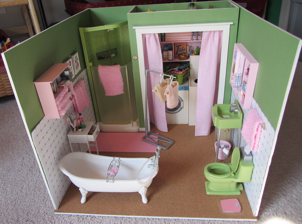 13 Of 14 Retro Barbie Bathroom Diorama Construction Flickr