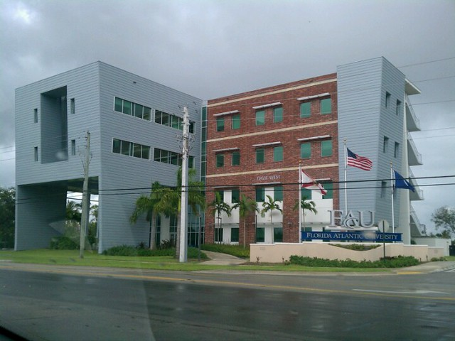 florida atlantic university davie campus