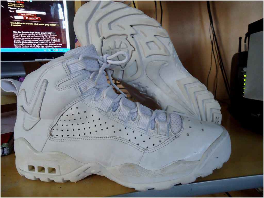 29da568bfa3d ... 1994 History SneakerFiles nike air darwin high dennis rodman Nike Air  Darwin High Nº12 ( Dennis Rodman) 45.000 Tranmision De Fe Flickr .
