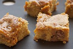 Caramel-Chocolate Chip Cookie Bars