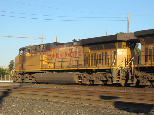 Union Pacific #6945 (GE C6044AC) in Martinez, CA | by CaliforniaRailfan101 Photography