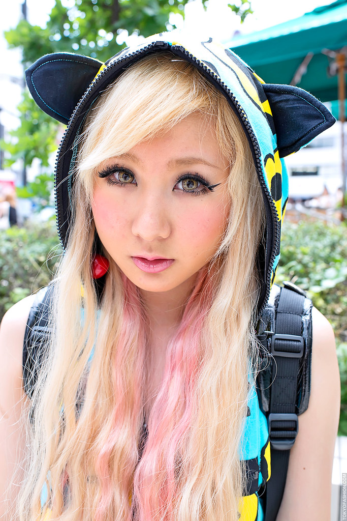 Pink Blonde Hair In Harajuku Japanese Girl With Pink