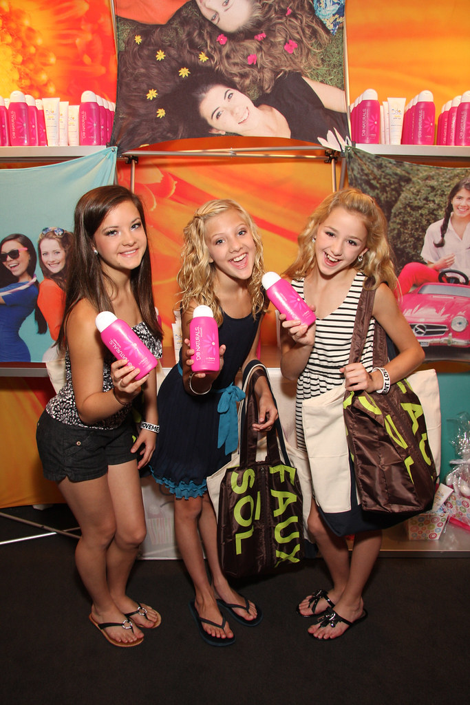 Paige Chloe Brooke Dance Moms Amp Dolphin Organics Flickr