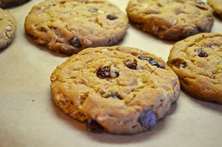 Peanut Butter Chocolate Chip Oatmeal Cherry Cookies with Sea Salt | by majamaki