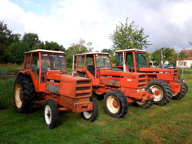 trio de tracteurs renault nez carr flickr photo sharing. Black Bedroom Furniture Sets. Home Design Ideas