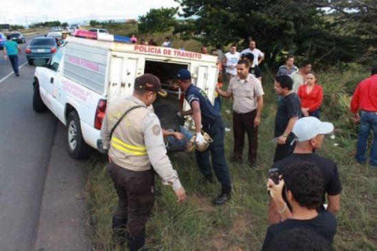 Choque entre camiones cerca de la redoma La Piña, en Puerto Ordaz, deja 3 muertos