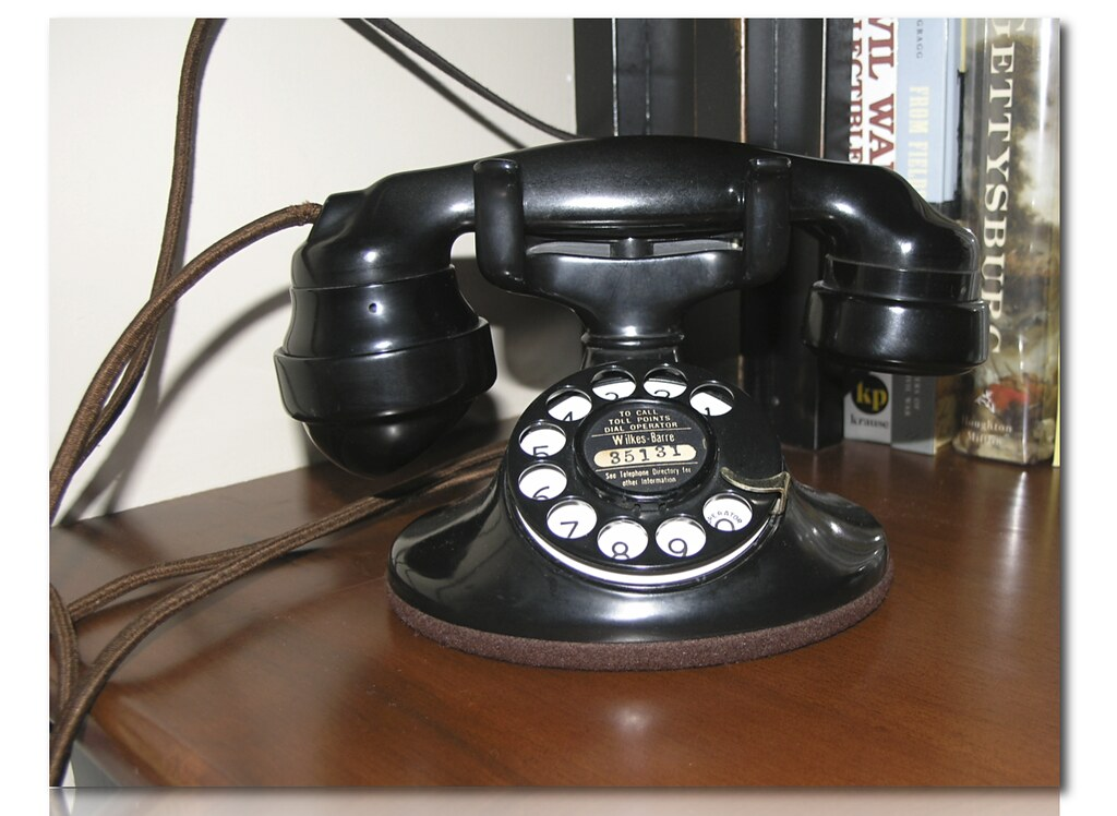Western Electric 202 Desk Phone This Rotary Dial