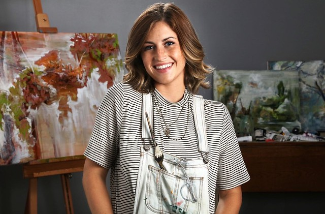 Artist Lizzy Ragsdale