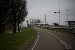 Rotterdam Cycle Track on Bridge_5 | by Mikael Colville-Andersen
