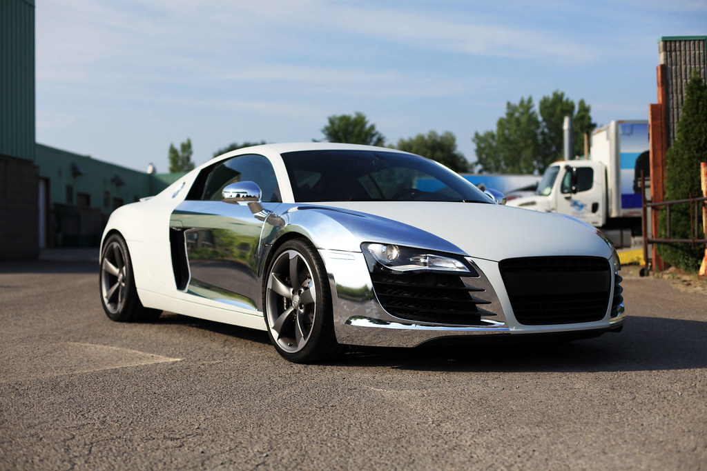 Audi R8 Matte White