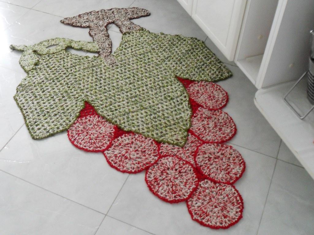 Adesivo De Porta Infantil ~ Tapetes de croche em barbante em formato de fruta uva Flickr