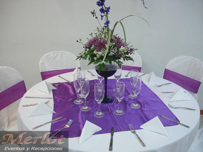 Centro de mesa con copa en cristal y flores naturales flickr - Centros de mesa con copas ...