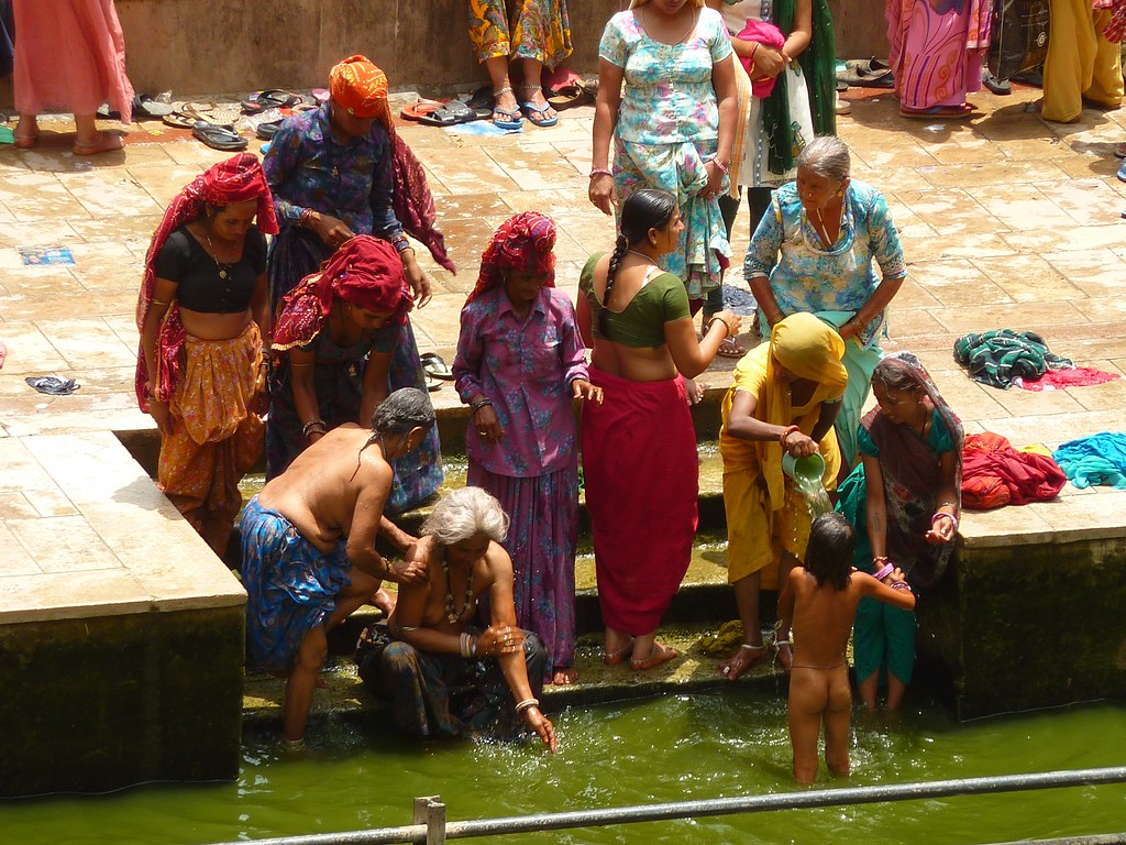 Women Bathing At Galta  Monkey Temple Galta Temple -5729
