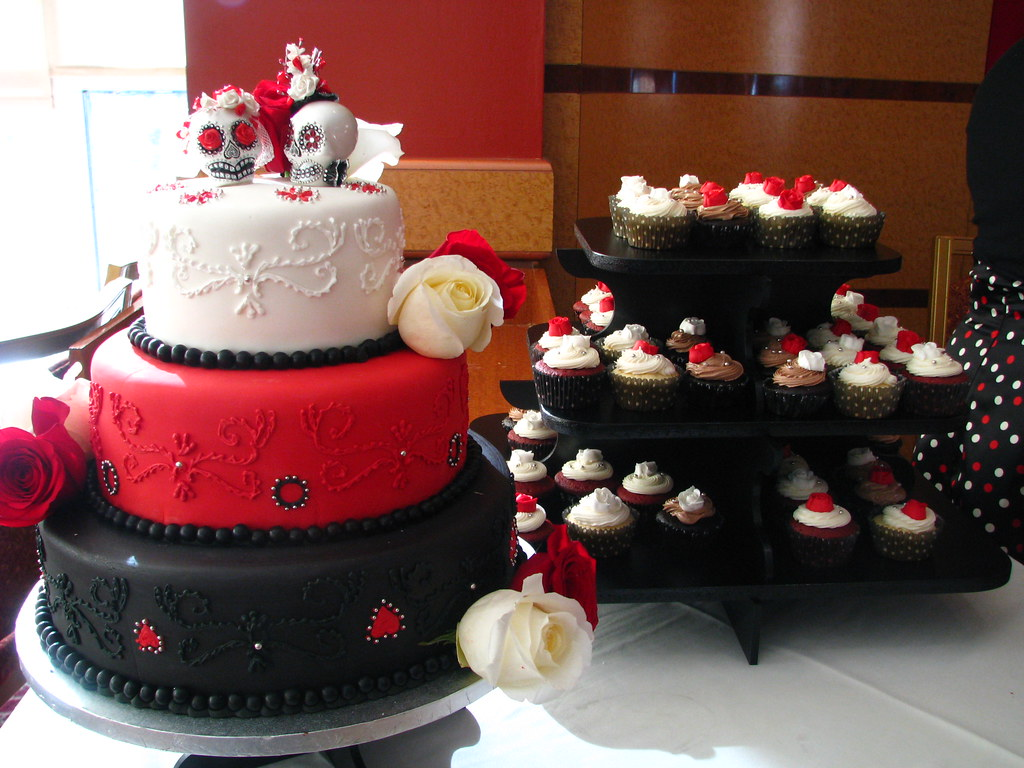 Day Of The Dead Wedding Cake And Cupcakes