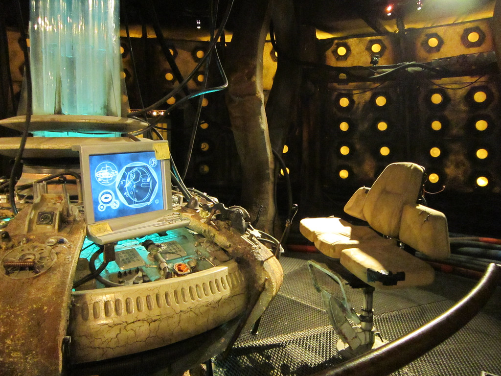 Tenth Doctor's Tardis Console | Doctor Who Experience, Londo ...