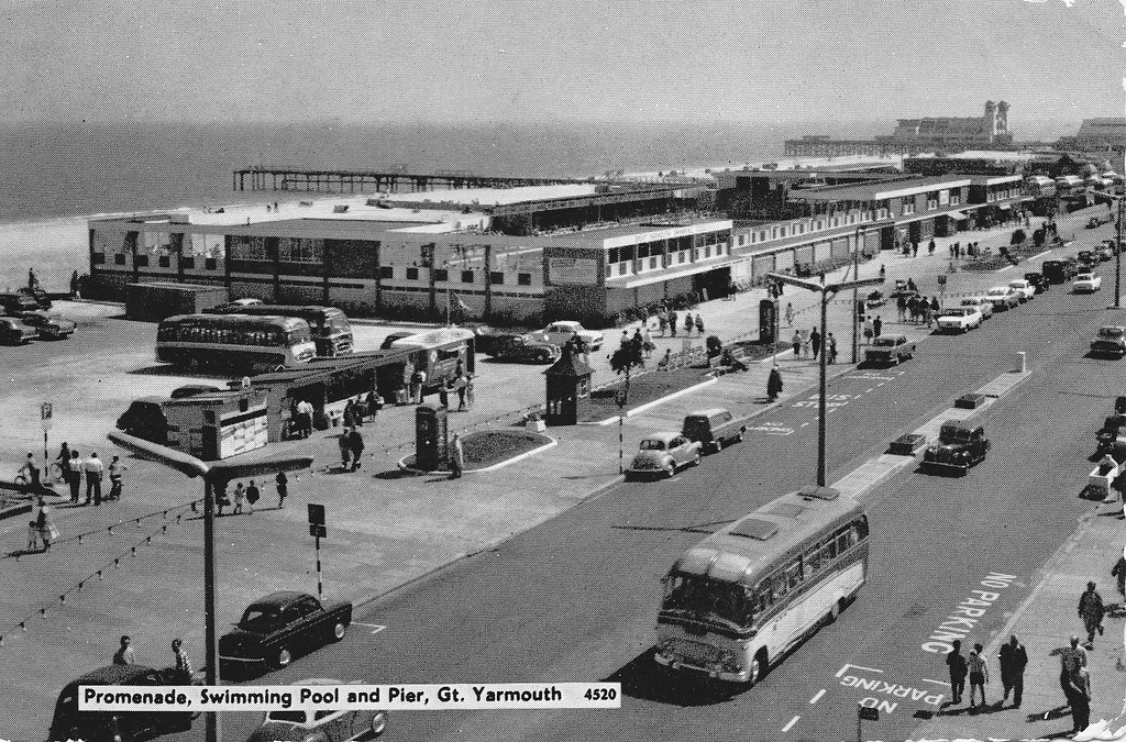 Great Yarmouth Promenade Swimming Pool And Pier In 1964