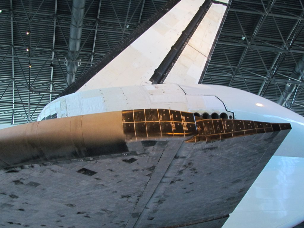 space shuttle top wing - photo #10