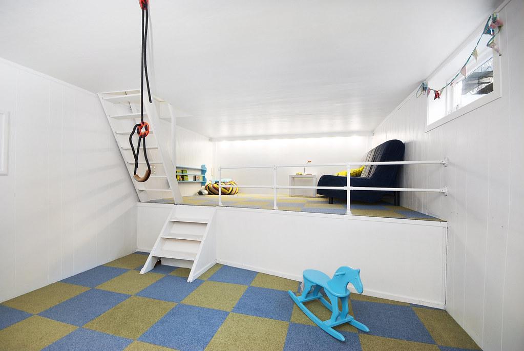 High-End Design with Carpet Tiles