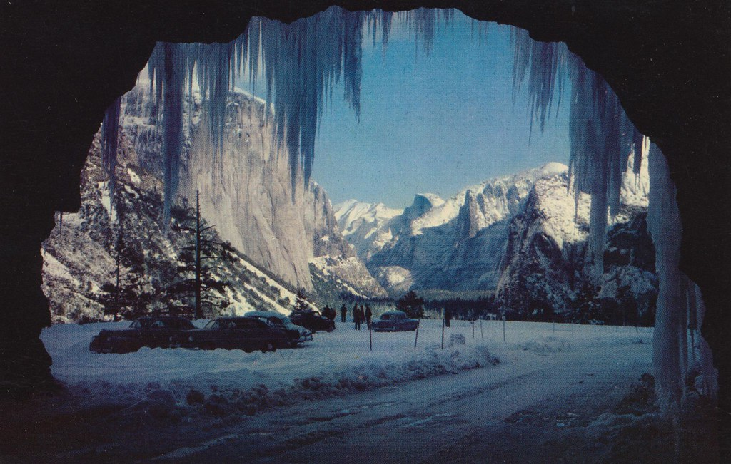 Wawona Tunnel Entrance in Winter - Yosemite National Park ...