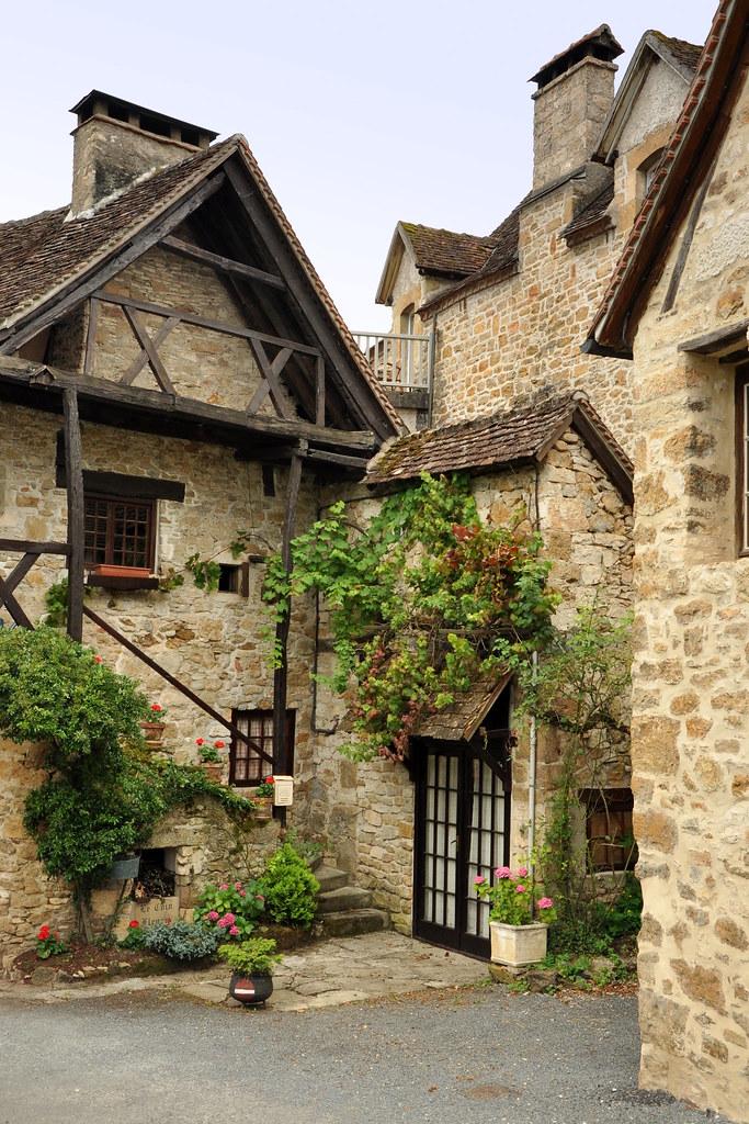 Carennac dans le lot est l 39 un des plus beaux villages de f for Les plus beaux villages des yvelines