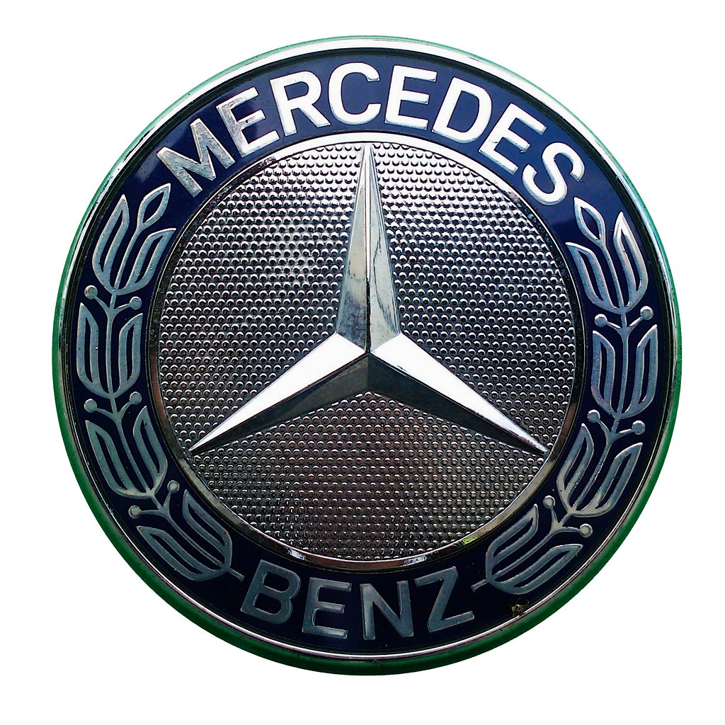Logo mercedes benz lkw mercedes benz emblem stern on wh for Mercedes benz insignia