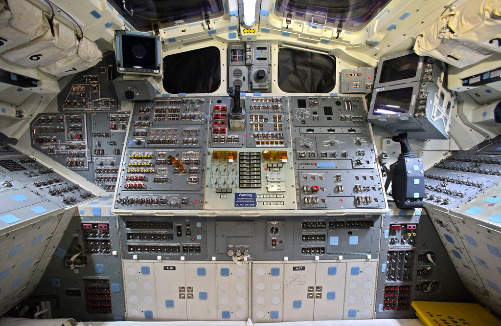 space shuttle flight deck - photo #23