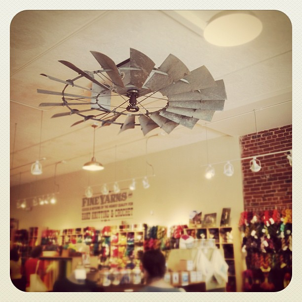 They Have A Windmill As A Ceiling Fan At Fancy Tiger Flickr