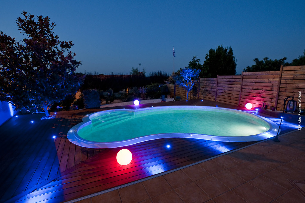 Piscines waterair c line de nuit mod le c line avec for Piscine water air