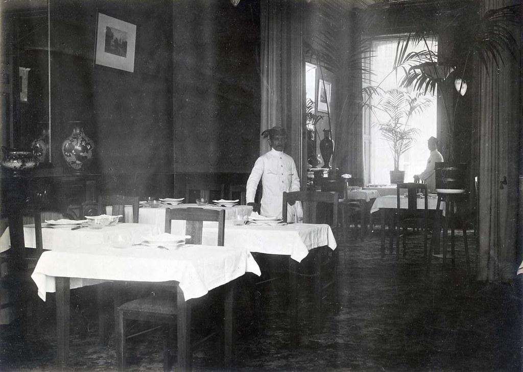 Nv indisch restaurant exterieur 1920 interieur van nv for Restaurant exterieur