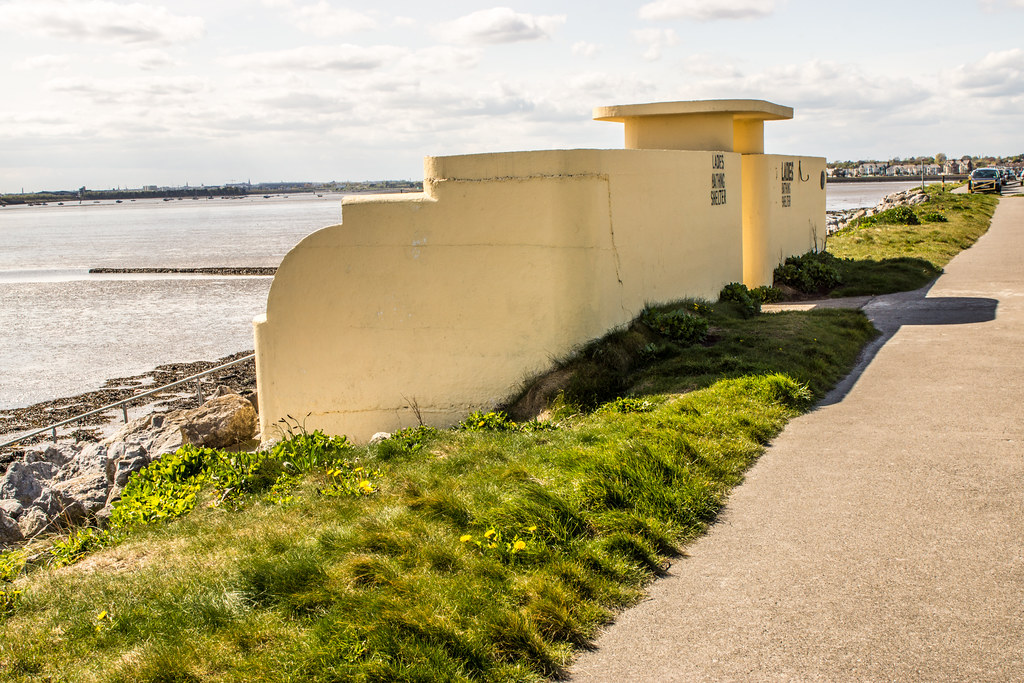 ART DECO BATHING SHELTERS AND OTHER STUCTURES 005