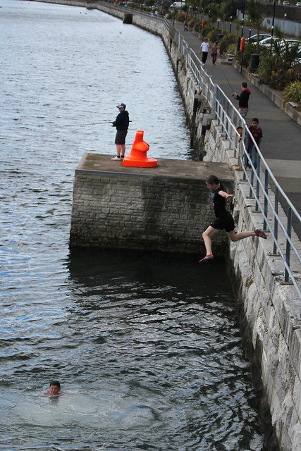 Cobh_River jumping3