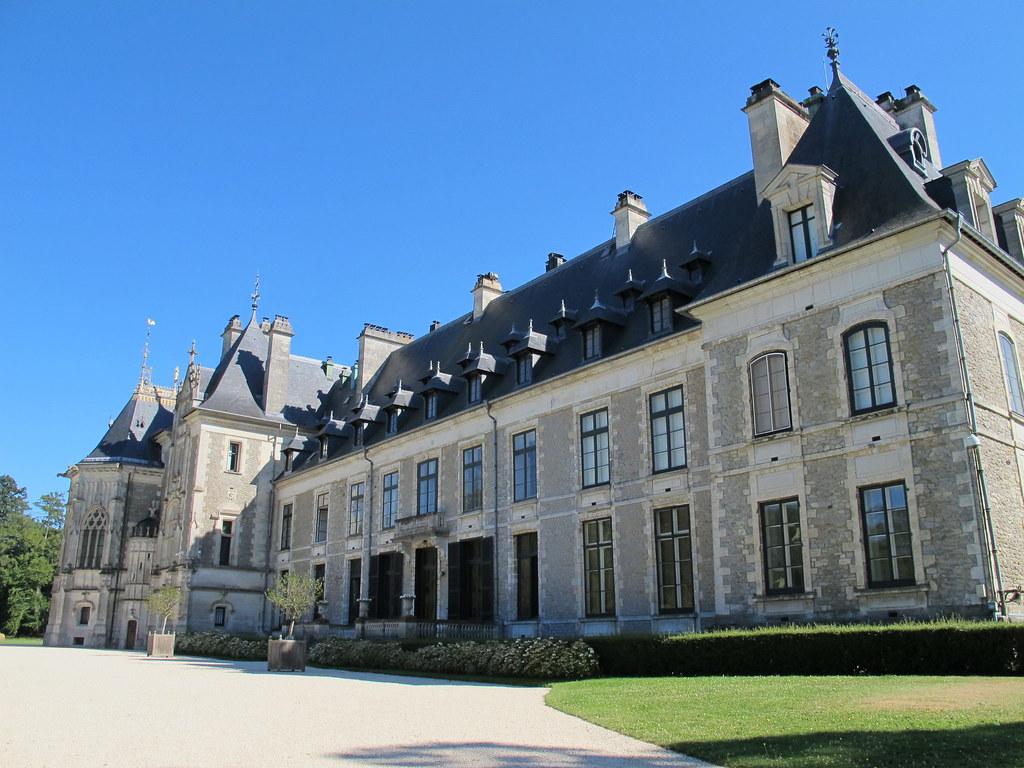 Ch teau de menetou salon xive xixe cher 18 les for Chateau de menetou salon