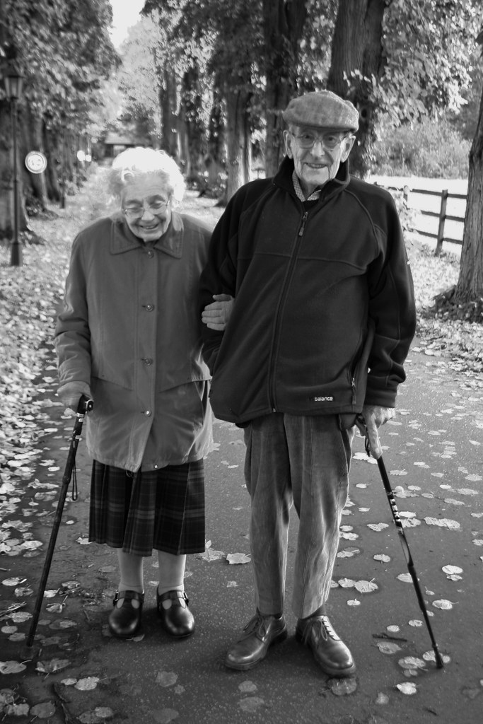 cutest old couple | Was doing a shoot and they were walking ...