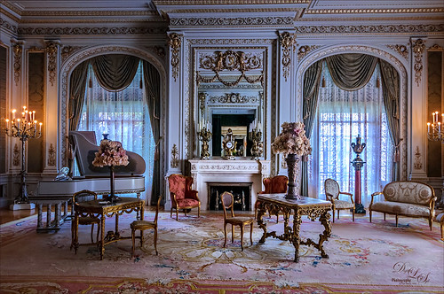 Image of the Drawing Room at the Flagler Museum (Whitehall)