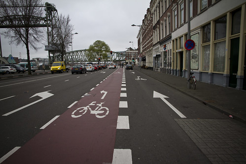 Rotterdam Cycle Lane | by Mikael Colville-Andersen