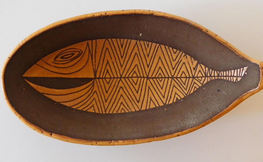 Mid century modern hawaiian vintage souvenir console bowl for Fish bowl maui