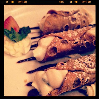 As a rule: Leave the gun. Take the cannoli. | by estilos30