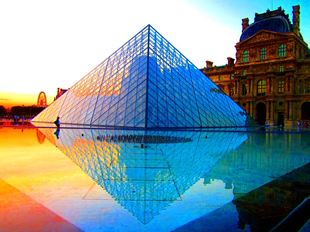 The Louvre Pyramid at sunset | Go ahead and click the ...